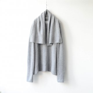 beta post - NECK TOWEL SWEATER