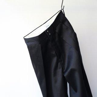 SOUMO - BIG TUCK CHINO (BLACK)