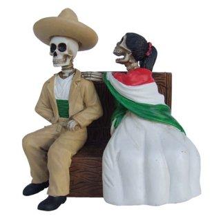 スカルフィギュア DOD Sitting Skeleton Couple