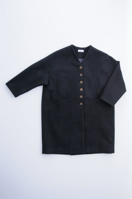 melton wool cocoon coat / black