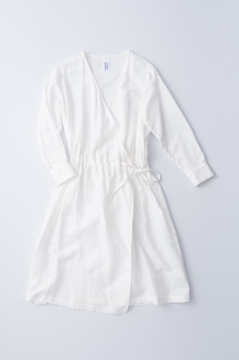 light double gauze kashukuru one-piece / white