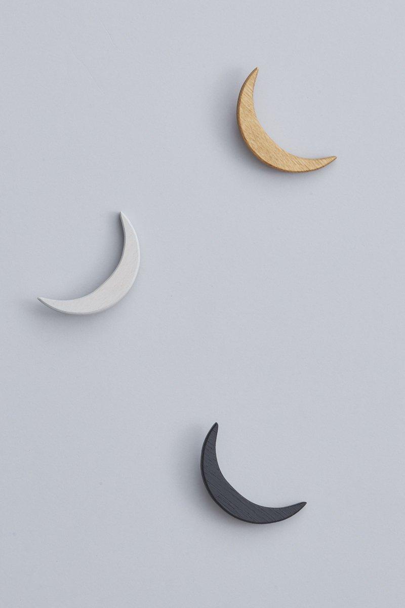 brooch / いつか、誰かとみる月のかたち。