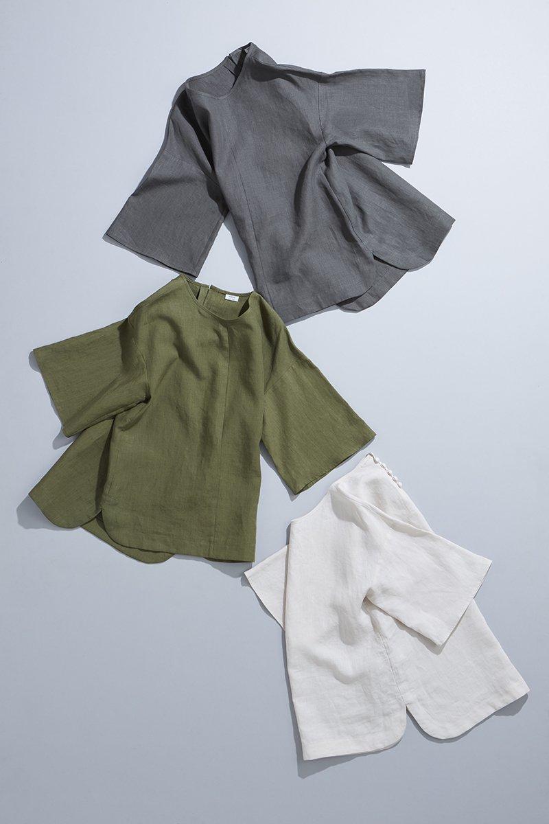 linen ~bell-sleeve~ blouse
