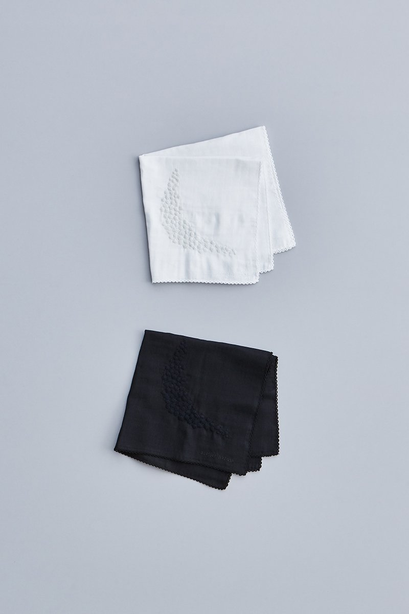 handkerchief ~moon~ in FORMAL