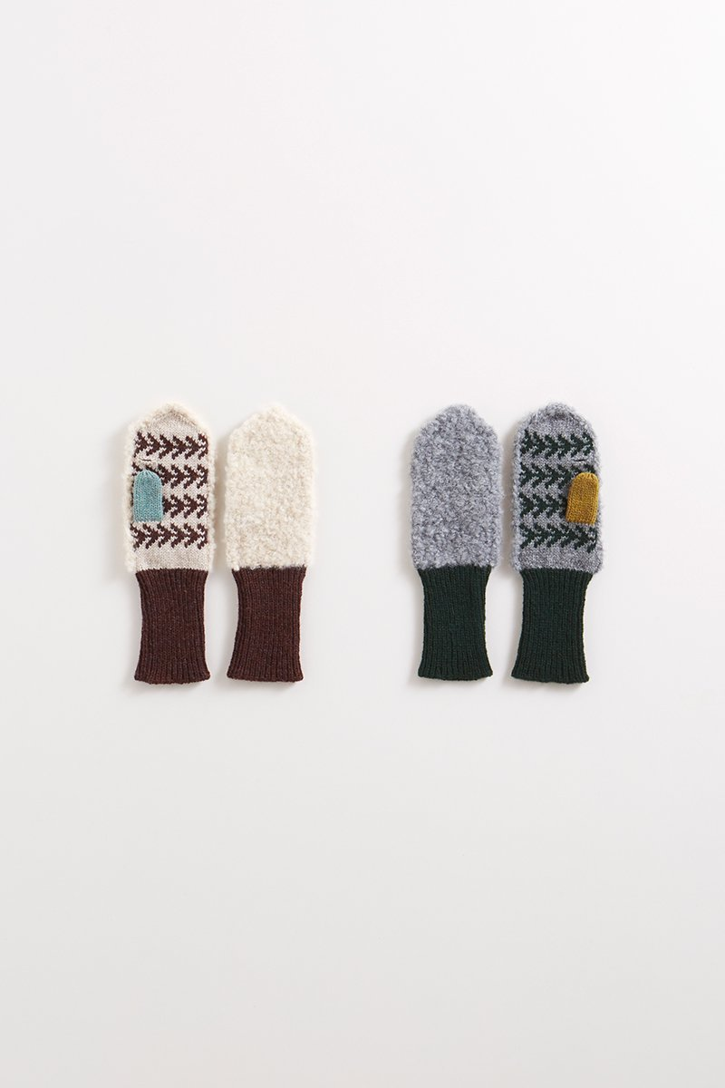 natural wool ~gezellig~ boa mittens