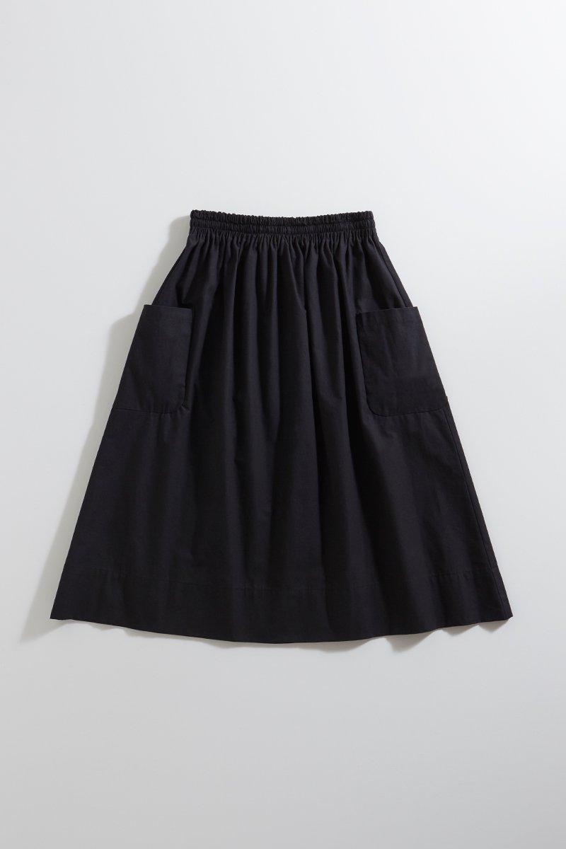 cotton patch pocket skirt / black