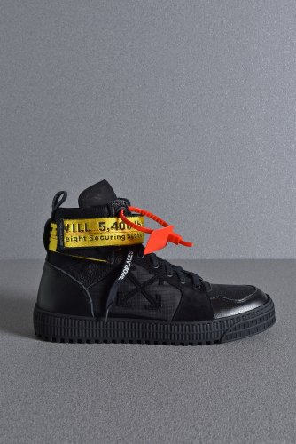 <img class='new_mark_img1' src='https://img.shop-pro.jp/img/new/icons1.gif' style='border:none;display:inline;margin:0px;padding:0px;width:auto;' />新品 19SS OFF WHITE INDUSTRIAL HI TOP SNEAKER 42 26-27cm BLACK オフホワイト