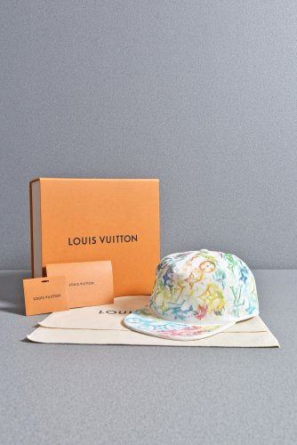 <img class='new_mark_img1' src='https://img.shop-pro.jp/img/new/icons1.gif' style='border:none;display:inline;margin:0px;padding:0px;width:auto;' />新品 LOUIS VUITTON 21SS 国内正規品 キャスケット モノグラム パステル 58 MP2873 キャップ ルイヴィトン
