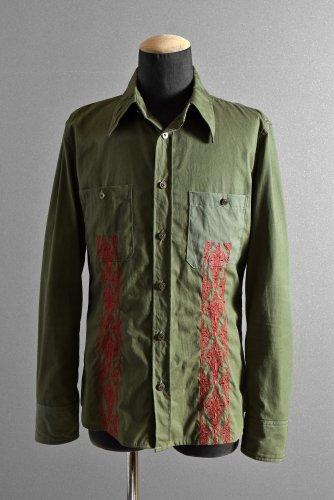 ISAMUKATAYAMA BACKLASH ミリタリークロス 刺繍シャツ L KHAKI