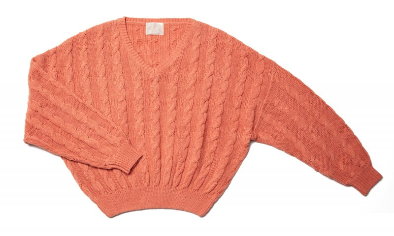 GYF TOKYO - THE DOLMAN SLEEVE CABLE KNIT (SALMON PINK)<img class='new_mark_img2' src='https://img.shop-pro.jp/img/new/icons21.gif' style='border:none;display:inline;margin:0px;padding:0px;width:auto;' />