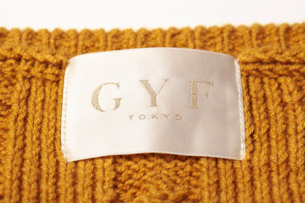 THE DOLMAN SLEEVE CABLE KNIT (MUSTARD YELLOW)<img class='new_mark_img2' src='https://img.shop-pro.jp/img/new/icons21.gif' style='border:none;display:inline;margin:0px;padding:0px;width:auto;' />