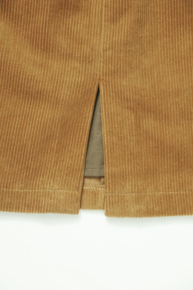 THE CORDUROY PENCIL SKIRT (CAMEL)<img class='new_mark_img2' src='https://img.shop-pro.jp/img/new/icons21.gif' style='border:none;display:inline;margin:0px;padding:0px;width:auto;' />