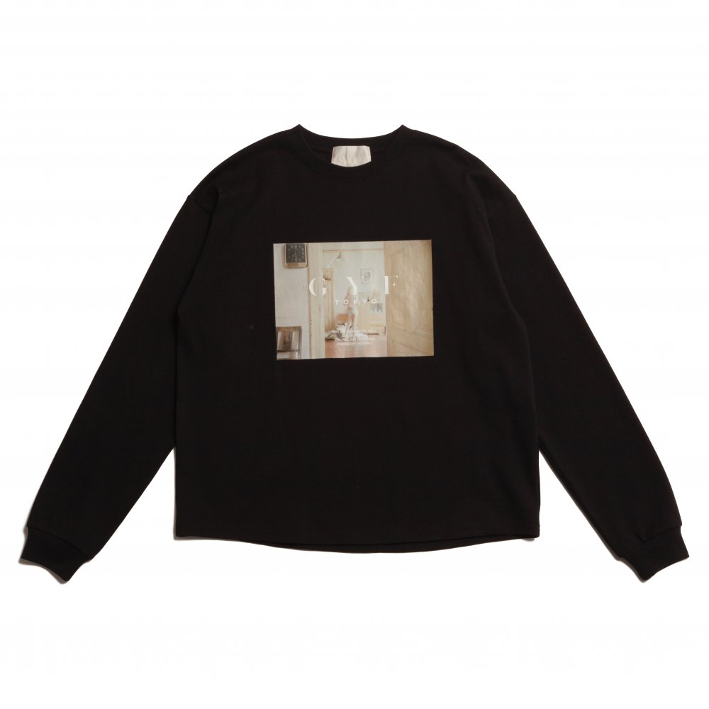 THE CONCEPT PHOTO PRINT LONG T-SHIRT (BLACK)<img class='new_mark_img2' src='https://img.shop-pro.jp/img/new/icons21.gif' style='border:none;display:inline;margin:0px;padding:0px;width:auto;' />