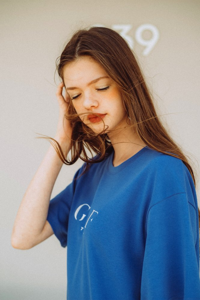 THE GYF ORIGINAL LOGO EMBROIDERY SUPER BIG T-SHIRT(BLUE)<img class='new_mark_img2' src='https://img.shop-pro.jp/img/new/icons21.gif' style='border:none;display:inline;margin:0px;padding:0px;width:auto;' />