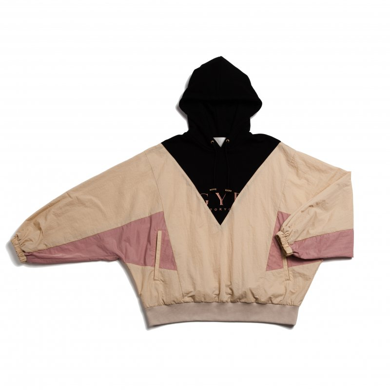 GYF TOKYO - THE GYF LOGO HOODED PULLOVER(PINK)<img class='new_mark_img2' src='https://img.shop-pro.jp/img/new/icons21.gif' style='border:none;display:inline;margin:0px;padding:0px;width:auto;' />