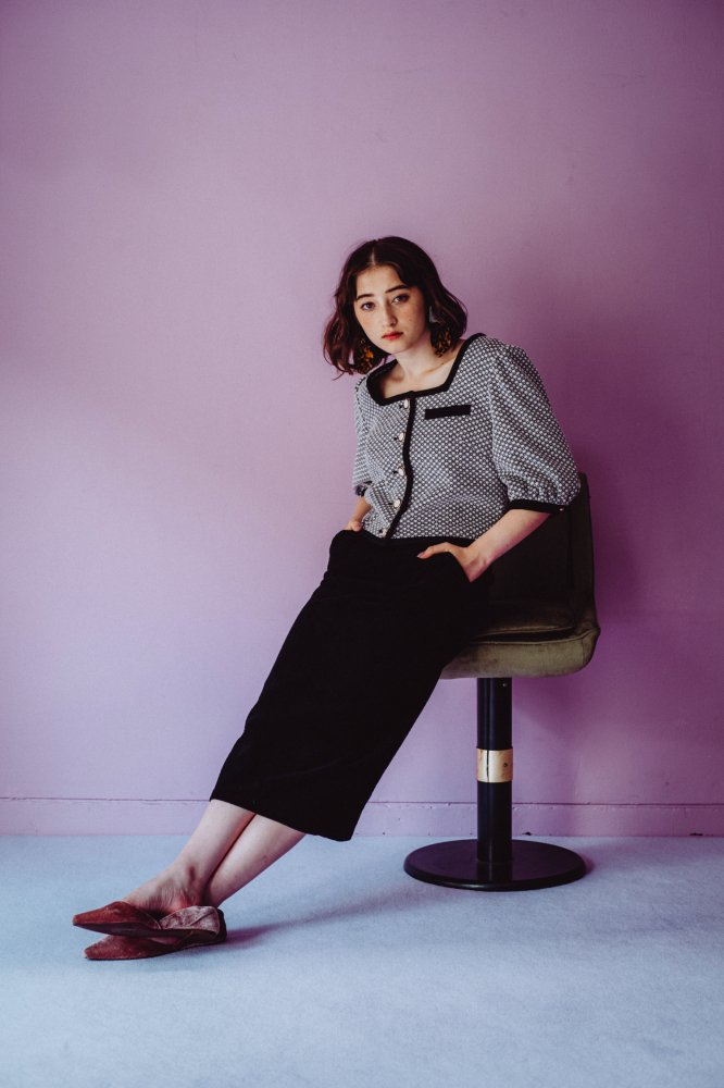 THE MONOTONE PATTERN JACKET TOPS<img class='new_mark_img2' src='https://img.shop-pro.jp/img/new/icons21.gif' style='border:none;display:inline;margin:0px;padding:0px;width:auto;' />