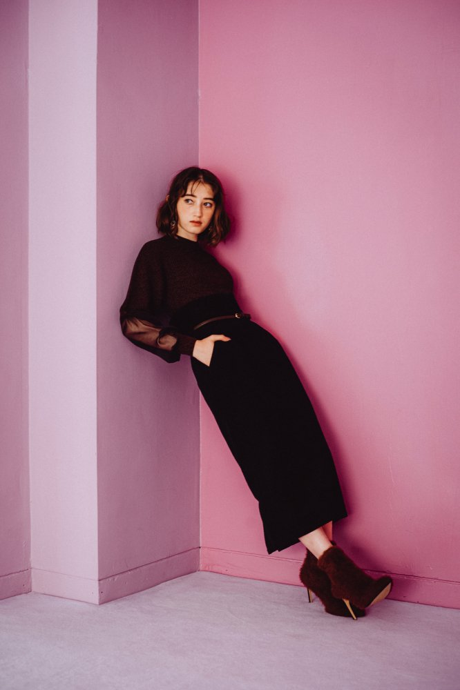 THE HIGH-WAISTED SKIRT WITH BELT (BLACK)<img class='new_mark_img2' src='https://img.shop-pro.jp/img/new/icons21.gif' style='border:none;display:inline;margin:0px;padding:0px;width:auto;' />
