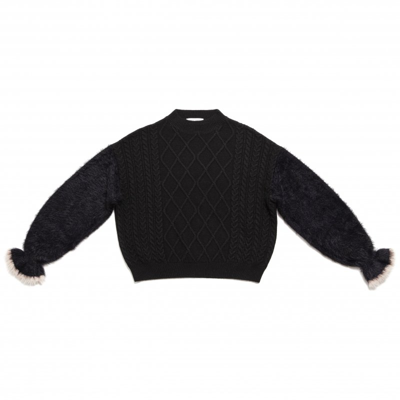 GYF TOKYO - THE SHAGGY DOCKING ROUND NECK KNIT (BLACK)<img class='new_mark_img2' src='https://img.shop-pro.jp/img/new/icons21.gif' style='border:none;display:inline;margin:0px;padding:0px;width:auto;' />