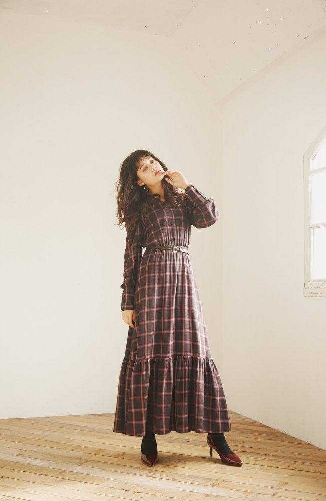 THE BIG CHECK PATTERN DRESS WITH BELT (NAVY)<img class='new_mark_img2' src='https://img.shop-pro.jp/img/new/icons21.gif' style='border:none;display:inline;margin:0px;padding:0px;width:auto;' />