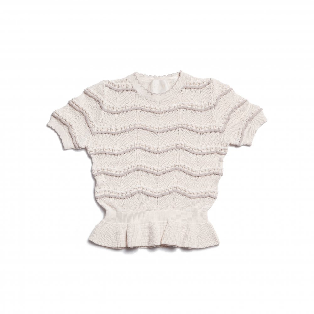 THE SPRING KNIT PEPLUM TOPS(IVORY)<img class='new_mark_img2' src='https://img.shop-pro.jp/img/new/icons21.gif' style='border:none;display:inline;margin:0px;padding:0px;width:auto;' />