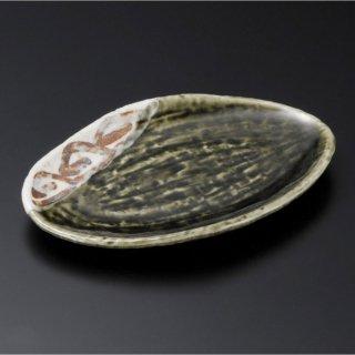おりべ志野唐草葉型皿 小 和食器 変形皿 業務用 約17cm 和食 和風 前菜 焼き物 揚げ物 刺身 お造り