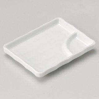 白磁5.5長角仕切り皿 和食器 串皿・のり皿 業務用 約13.6cm 和食 和風 焼き鳥 揚げ物 創作料理 海苔 ホテル 天ぷら 和食レストラン 焼き鳥屋