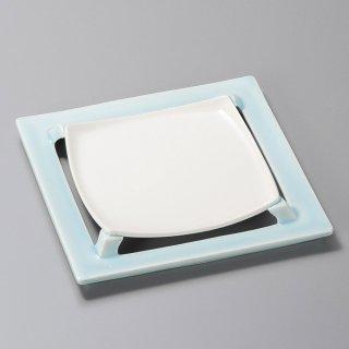 湖水青磁四つ切高台皿 和食器 角皿(中) 業務用 約21cm 和食 和風 和皿 高級 お造り 揚げ物
