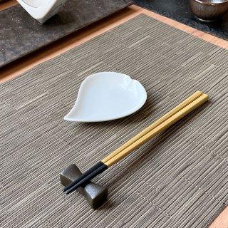 ひとひら白豆皿 白い器 洋食器 楕円・変形プレート(SS) 業務用 約11cm かわいい デザート 洋菓子 おしゃれ モダン