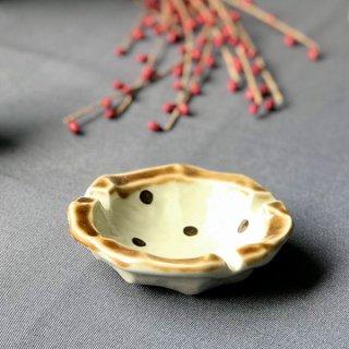 アメ点12cm灰皿 和食器 灰皿 業務用 丸 水玉 茶色 おしゃれ 卓上 和風 陶器 陶磁器 美濃焼 日本製 居酒屋 和カフェ