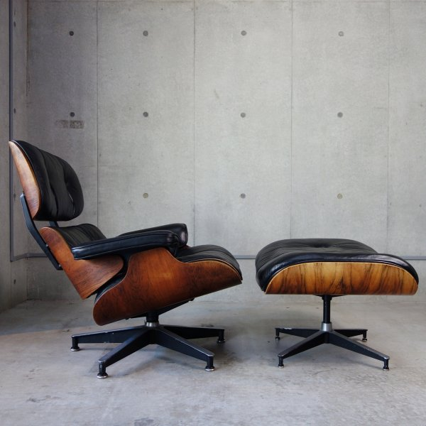 Lounge Chair & Ottoman<img class='new_mark_img2' src='https://img.shop-pro.jp/img/new/icons47.gif' style='border:none;display:inline;margin:0px;padding:0px;width:auto;' />