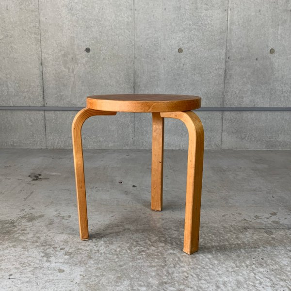 Stool60 / Vintage<img class='new_mark_img2' src='https://img.shop-pro.jp/img/new/icons47.gif' style='border:none;display:inline;margin:0px;padding:0px;width:auto;' />