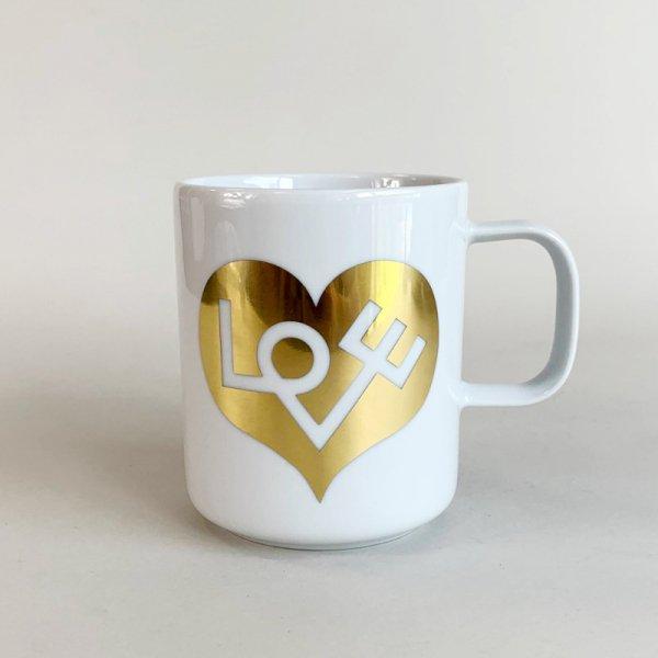 Coffee Mugs /   Love Heart Gold
