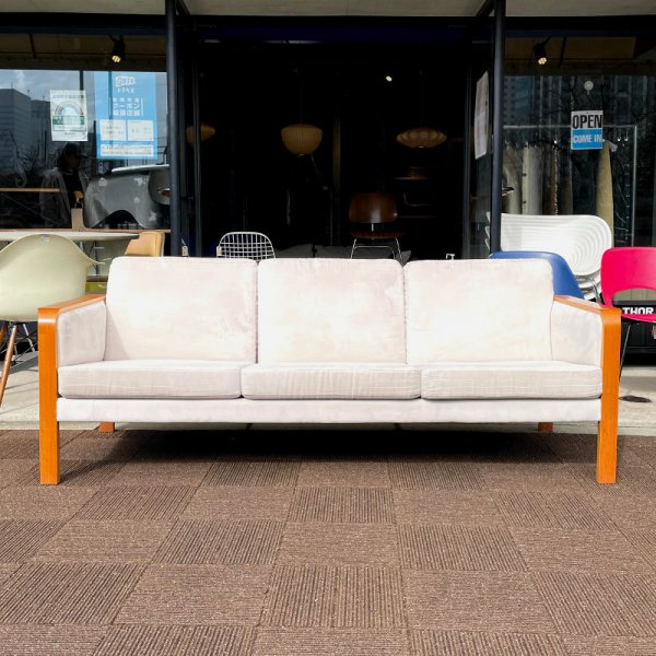 Sofa 3 seater / TENDO