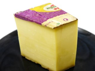 フランス産 チーズ コンテ 約500g【100g当たり891円(税込)で再計算】
