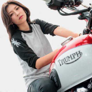 <img class='new_mark_img1' src='https://img.shop-pro.jp/img/new/icons5.gif' style='border:none;display:inline;margin:0px;padding:0px;width:auto;' />TRIUMPH TOKYO / TOKYO BAY OFR Tシャツ