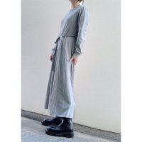 <img class='new_mark_img1' src='https://img.shop-pro.jp/img/new/icons16.gif' style='border:none;display:inline;margin:0px;padding:0px;width:auto;' />50%off<BR>sfide<BR>30/1 S.Jワンピース