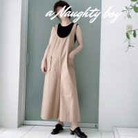 <img class='new_mark_img1' src='https://img.shop-pro.jp/img/new/icons16.gif' style='border:none;display:inline;margin:0px;padding:0px;width:auto;' />30%off<BR>ESTROISLOSE<BR>ヴィンテージ馬布エプロンサロペット