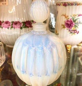 GC フレグランスボトル(ミルクガラス)