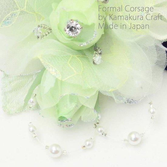 グリーンのバラ 花と蕾の二輪寄せコサージュ【画像5】