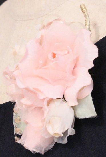 ピンク 小さい バラ コサージュ ケース付き【画像6】