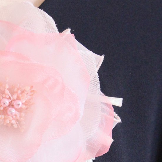 ピンク 大きい 一輪 パール コサージュ ケース付き【画像10】