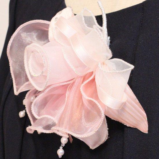 ピンク 大きい オーガンジー 巻きバラ パール コサージュ ケース付き【画像6】