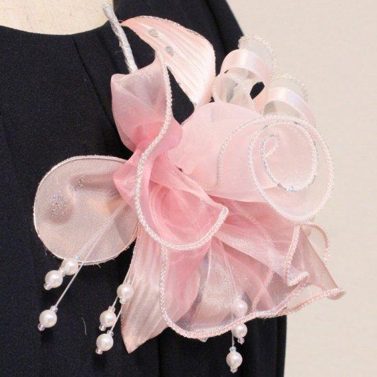 ピンク 大きい オーガンジー 巻きバラ パール コサージュ ケース付き【画像7】