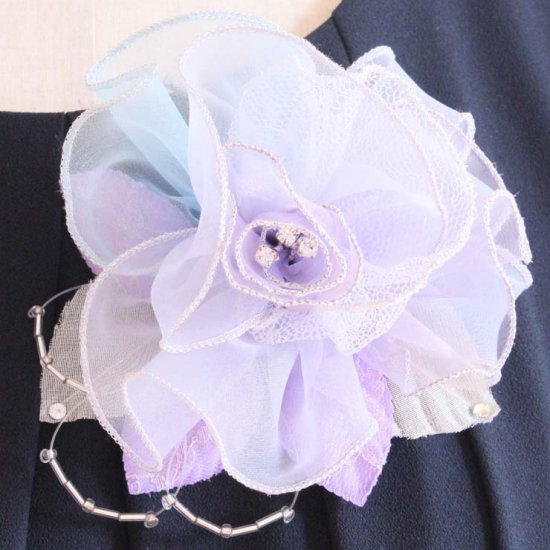 パープル 紫 大きい 巻きバラ オーガンジー コサージュ ケース付き【画像5】