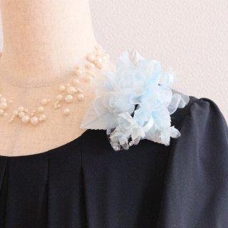 1点もの コサージュ ブルー 水色 小さい バラ 小花 コサージュ ケース付き