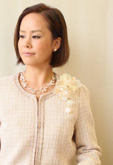 コサージュ フォーマル   日本製 大きい つぼみさがり ケース 箱 付き【画像3】