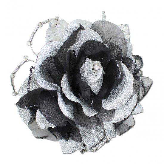 バラの2輪つきフォーマルコサージュ 2色セット 【画像13】
