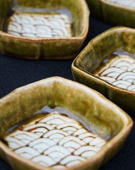 [蔵珍窯]織部松皮菱 小皿