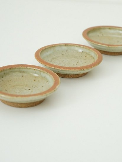 [別所窯]藁灰釉豆皿