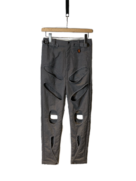 <img class='new_mark_img1' src='https://img.shop-pro.jp/img/new/icons23.gif' style='border:none;display:inline;margin:0px;padding:0px;width:auto;' />Damage Design Nylon Pants